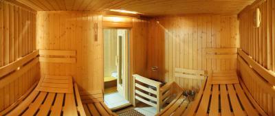 sauna2bB024868D-4438-8014-E079-491757E7D694.jpg